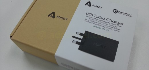 Aukey Quick Charger without shrink wrap