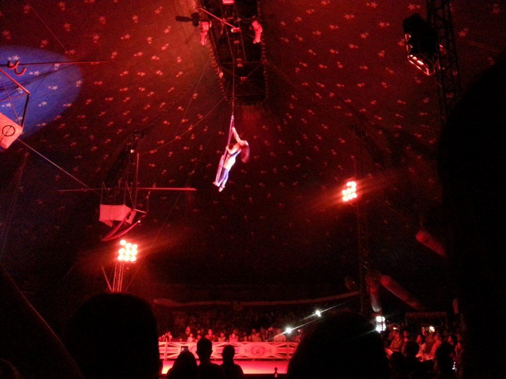 Acrobatic act